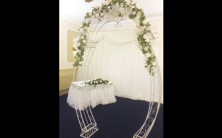 vipo-wp-weddings-thb-archways